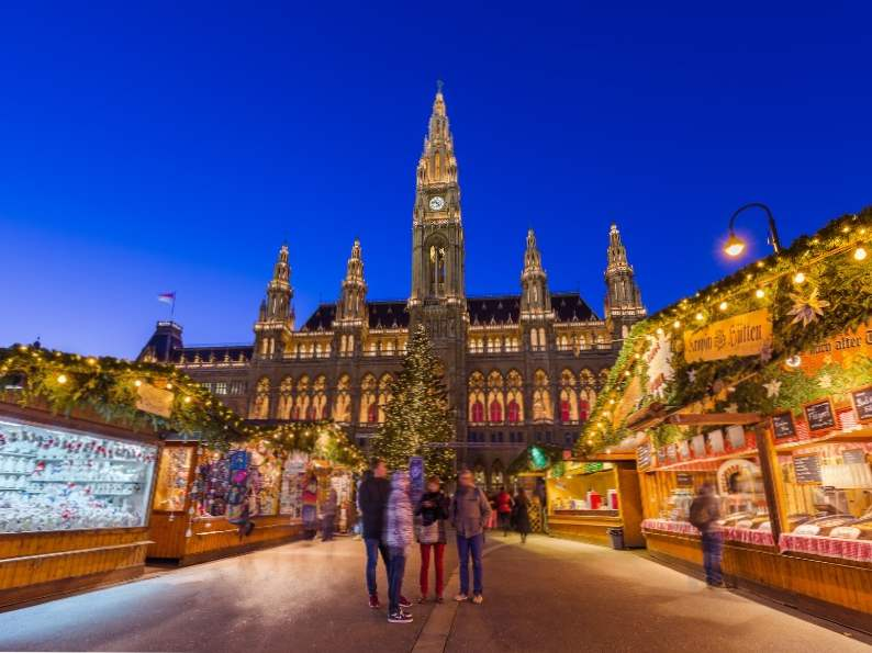 10 best holiday shopping destinations in the world 2