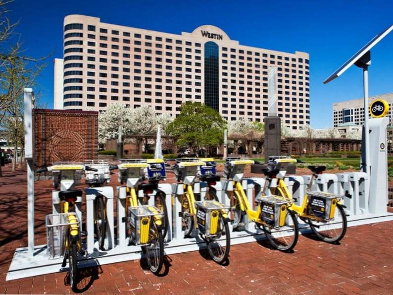 10 best hotels in indianapolis 7