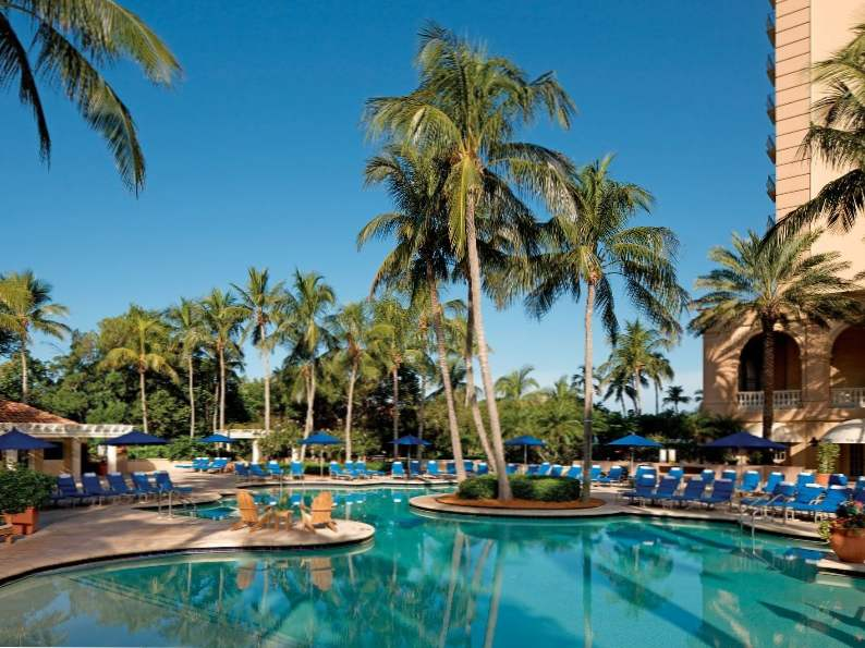 10 most luxurious beachfront hotels in florida