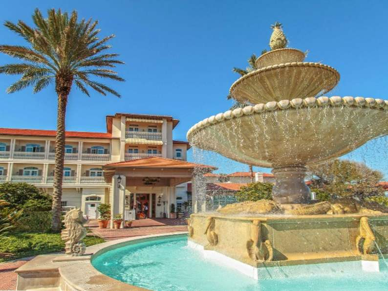 10 most luxurious beachfront hotels in florida 4