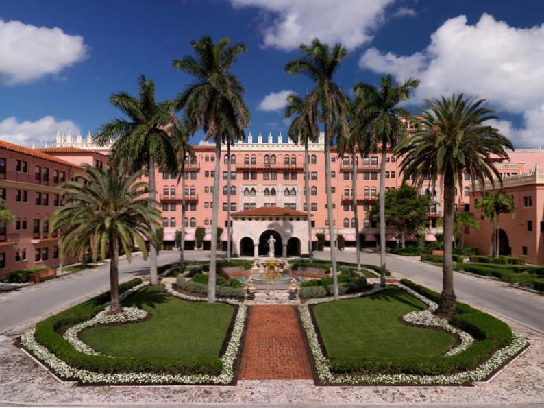 10 most luxurious beachfront hotels in florida 6