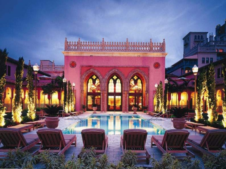 10 picture perfect pink hotels in florida