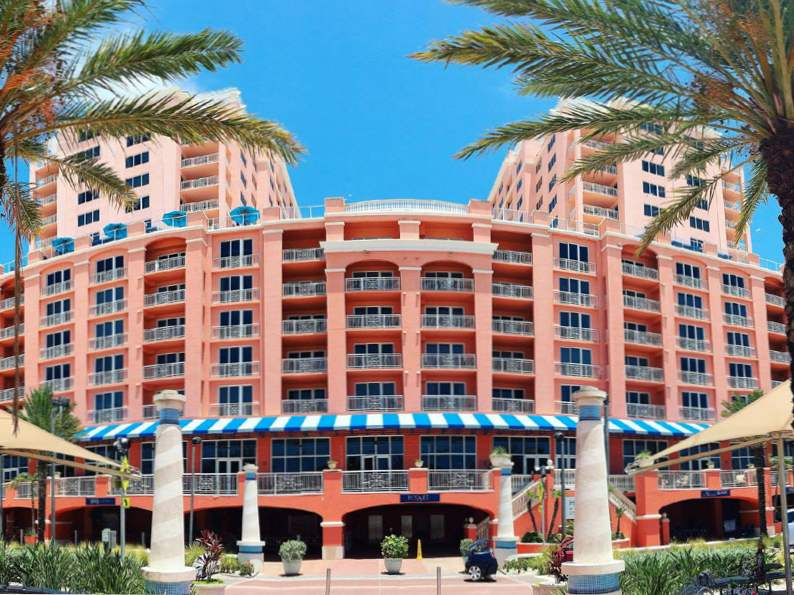 10 picture perfect pink hotels in florida 6
