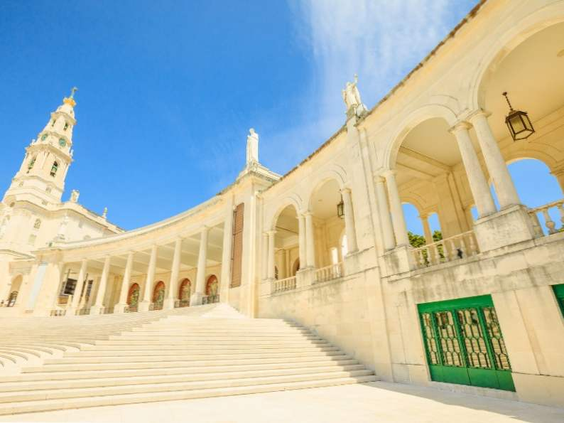 11 best day trips from lisbon portugal 10