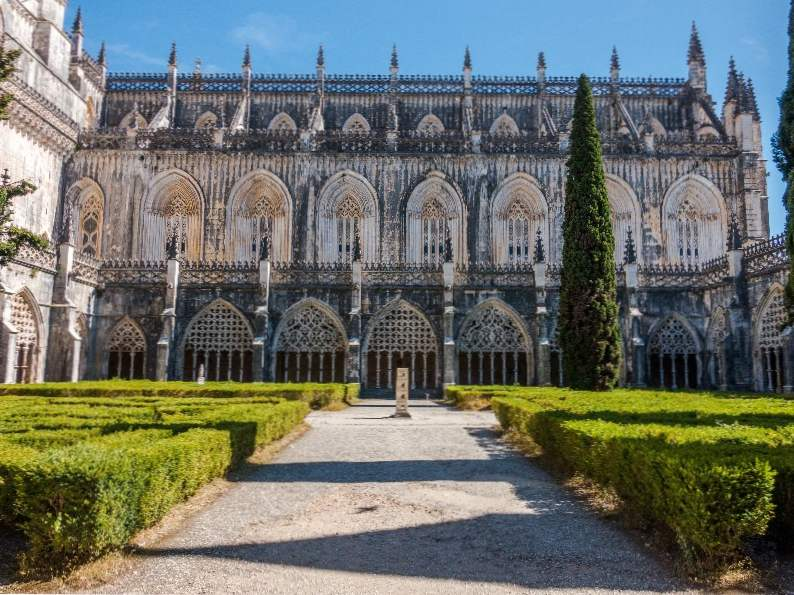 11 best day trips from lisbon portugal 9