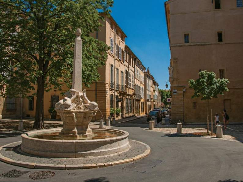 11 best places to visit in the south of france 8