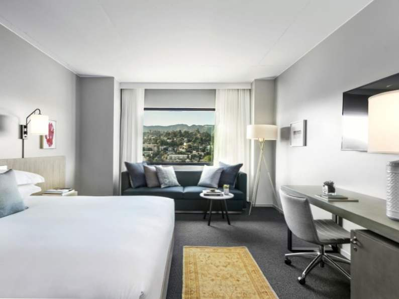 7 best hotels near the hollywood walk of fame