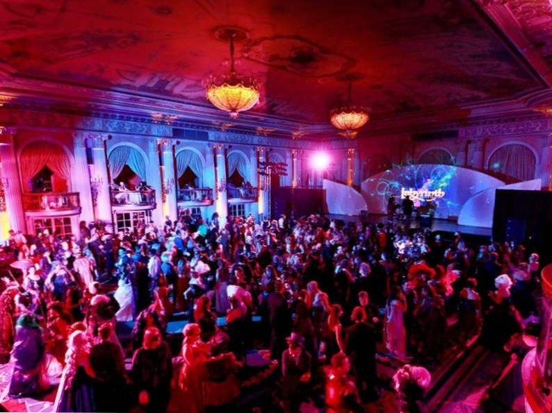 7 best masquerade parties around the world 4