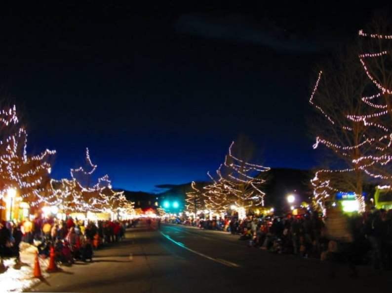 8 best christmas vacation destinations in colorado 5