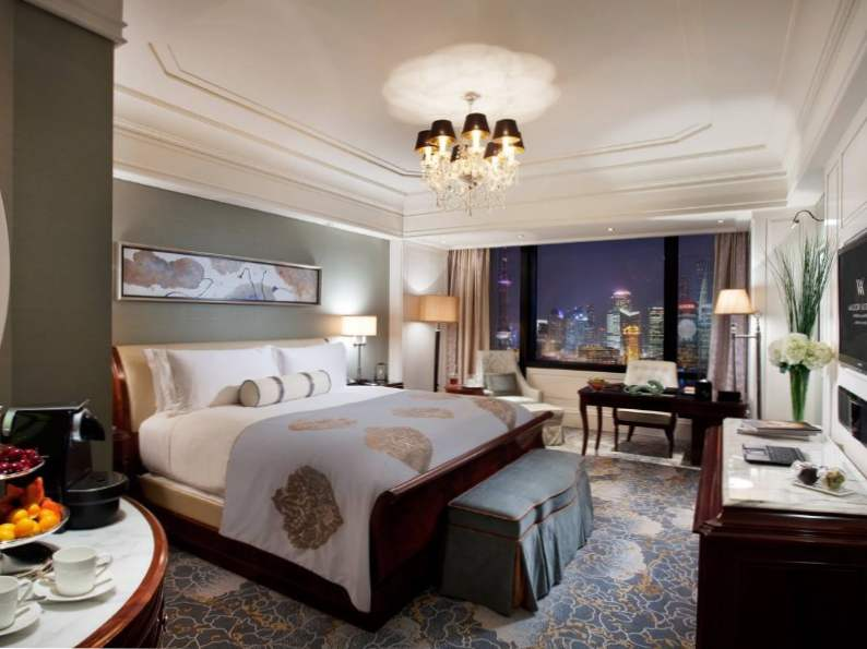 8 best luxury hotels in shanghai 4