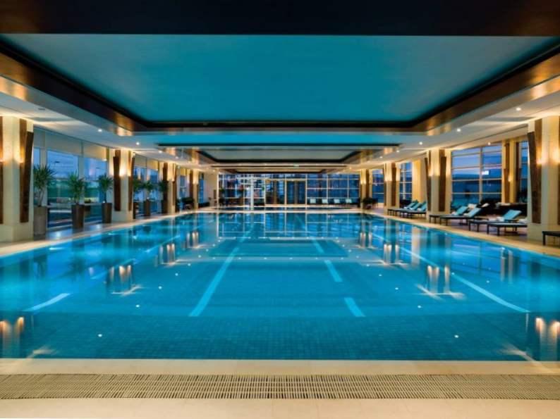 8 best luxury hotels in shanghai 6