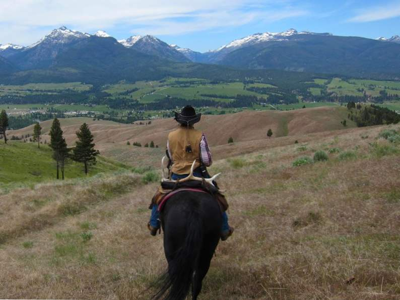 8 montana ranch vacations perfect for a scenic getaway 2