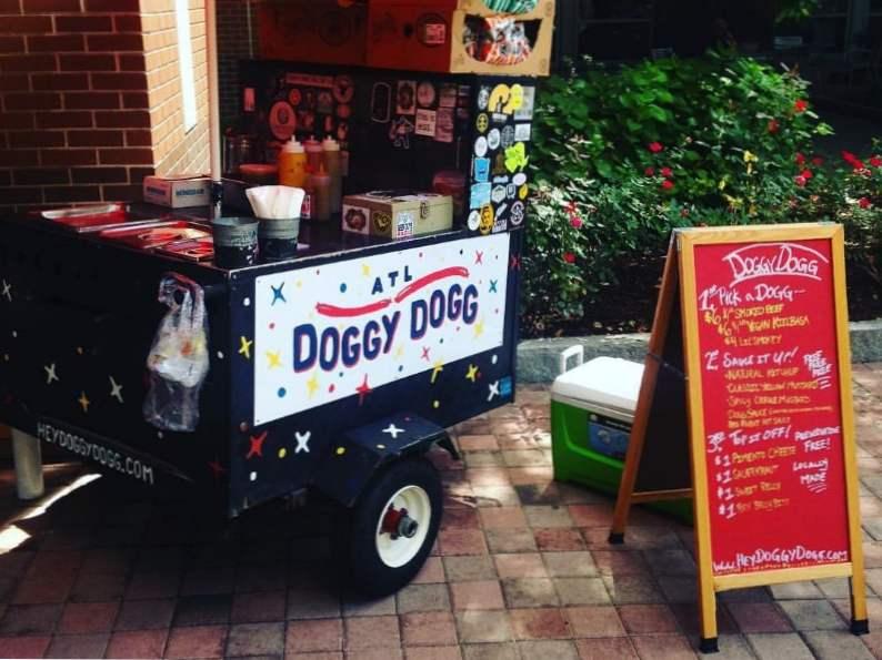 9 best places to get a hotdog in georgia 5