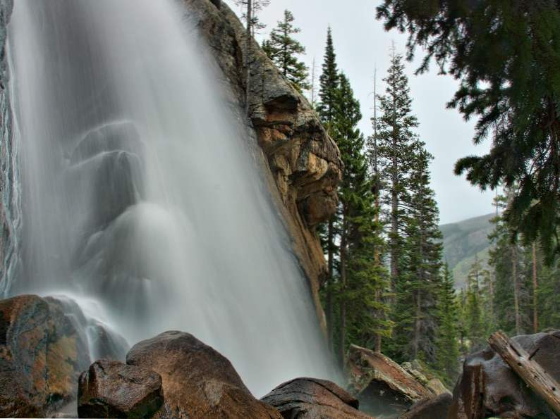 9 gorgeous waterfalls to see in colorado 6