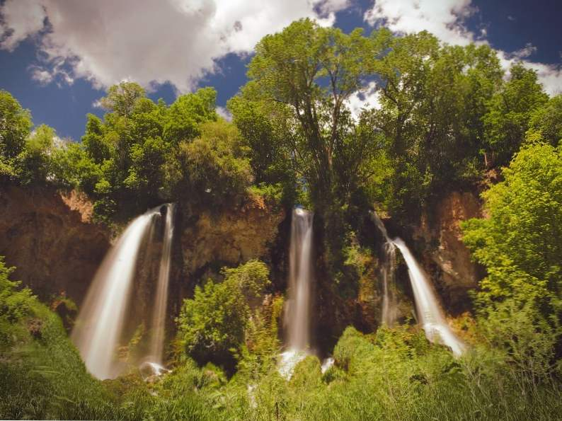 9 gorgeous waterfalls to see in colorado 7