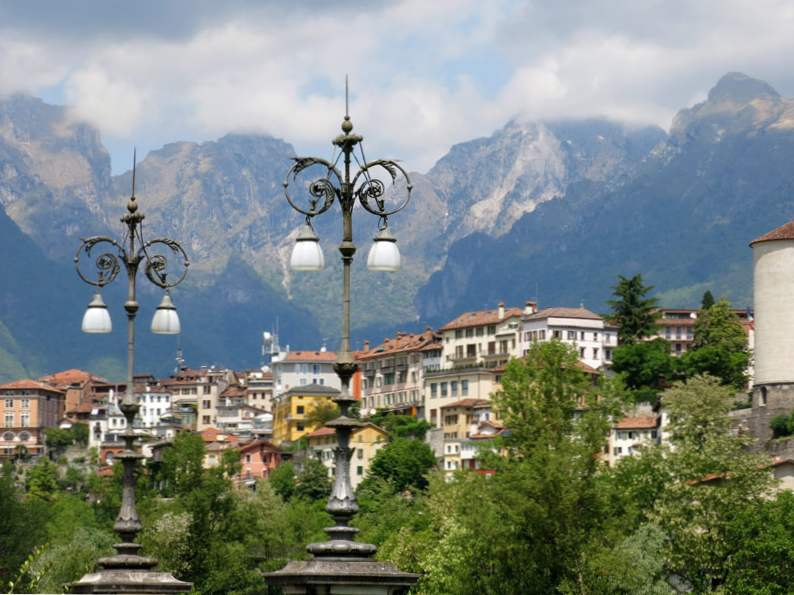 9 most charming small towns to visit in italy 4