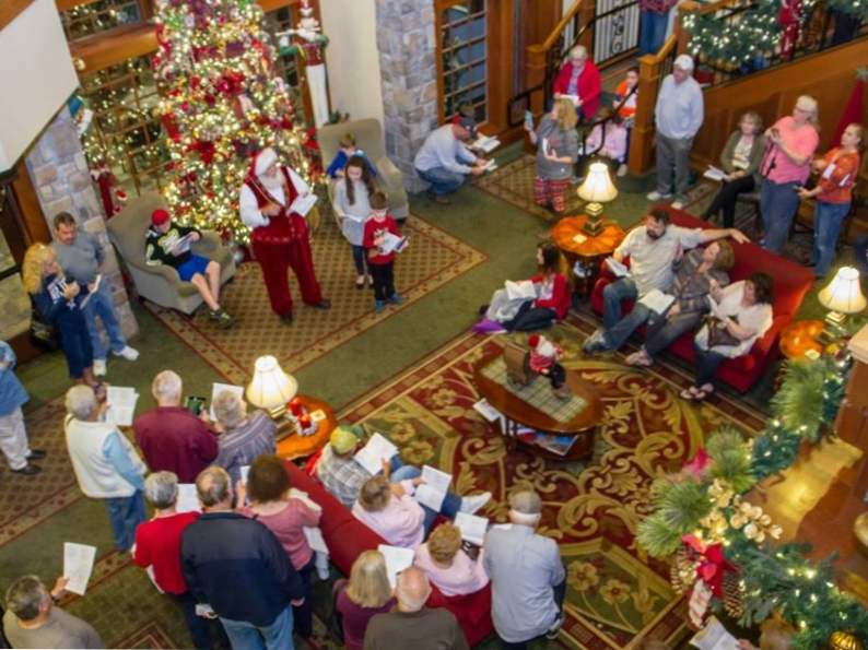 celebrate all year long at the inn at christmas place in pigeon forge tennessee 2