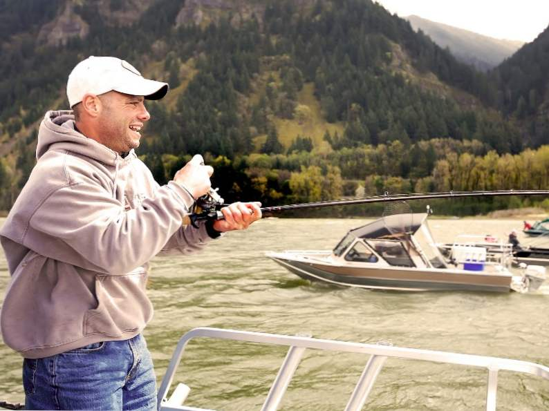 experience pure oregon landscapes at columbia river gorge 4