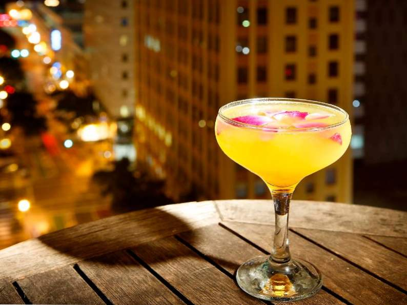 miamis 12 best rooftop bars for summer drinking 12
