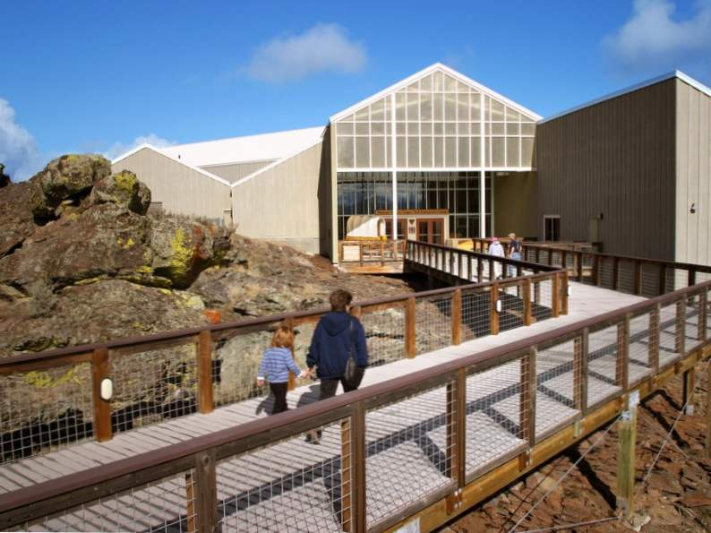 step back in time at national historic oregon trail 2