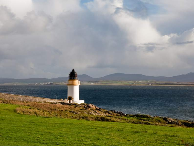 there are 10 islands in scotland everyone should visit 2