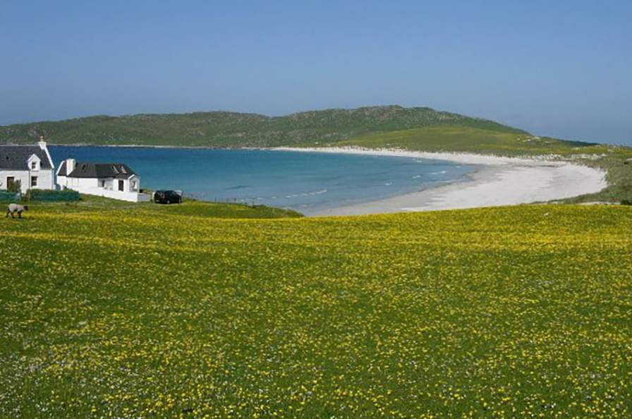 there are 10 islands in scotland everyone should visit 4