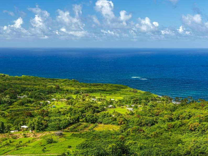 top 10 things to do on the road to hana in maui hawaii 3