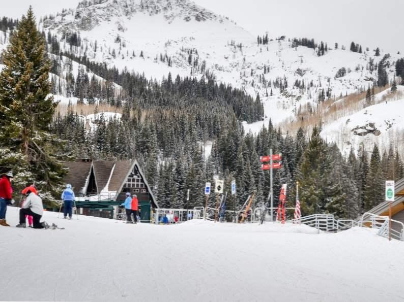 top 11 best ski resorts in utah for winter fun 10