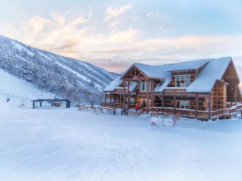 top 11 best ski resorts in utah for winter fun 4