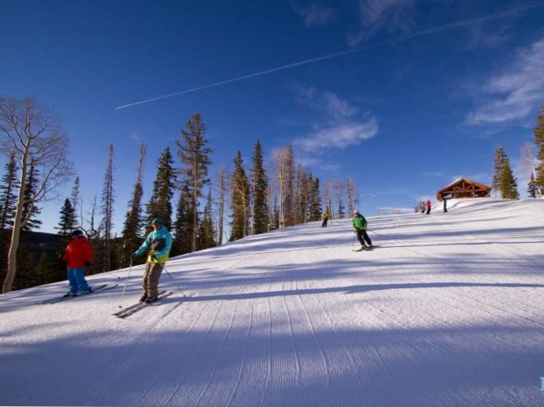 top 11 best ski resorts in utah for winter fun 6