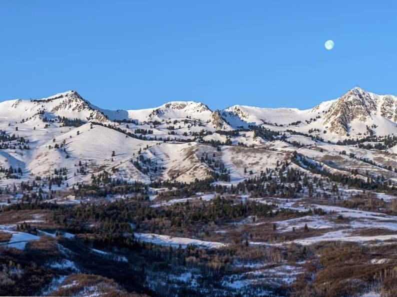 top 11 best ski resorts in utah for winter fun 7