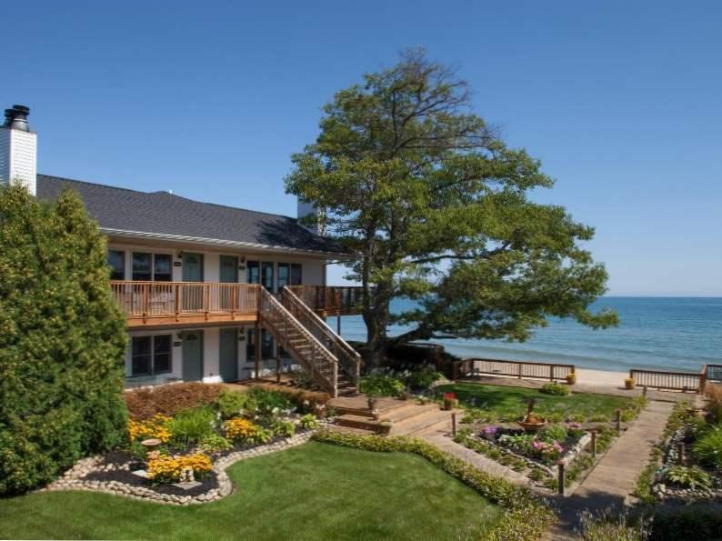 top 7 most romantic hotels in michigan