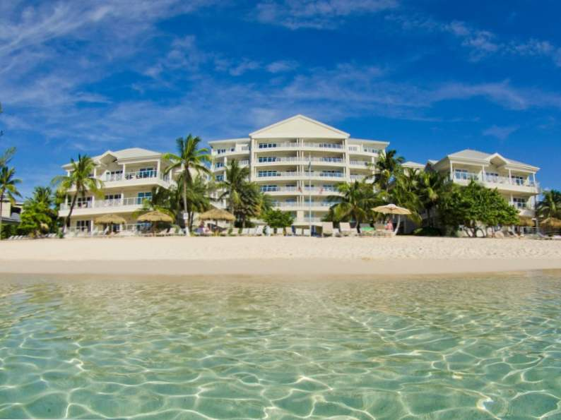 top 7 resorts in grand cayman 3