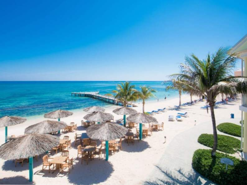 top 7 resorts in grand cayman 6