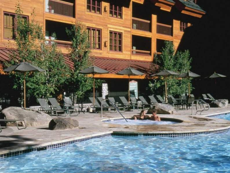 top 8 luxury resorts in lake tahoe 5