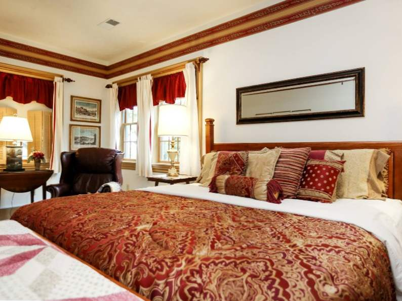 top 8 romantic bed and breakfasts near pittsburgh 2