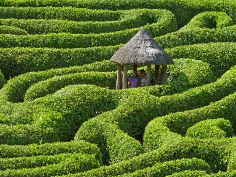 worlds 8 most elaborate mazes labyrinths to get lost in 8