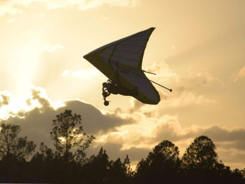 you can go hang gliding at this central florida ranch 4