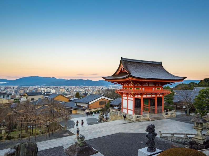 10 amazing cities to visit in japan