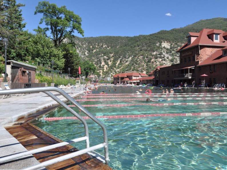 10 best budget friendly colorado vacations 6