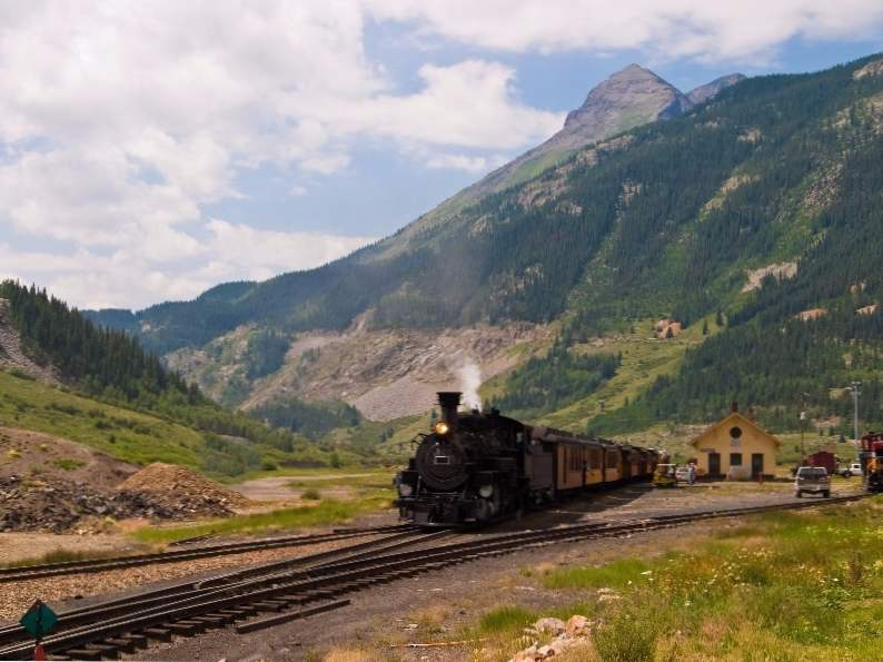 10 best places in colorado to take a summer vacation 5