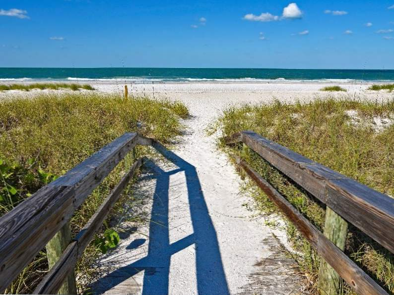 10 best places in florida to visit when traveling alone 10
