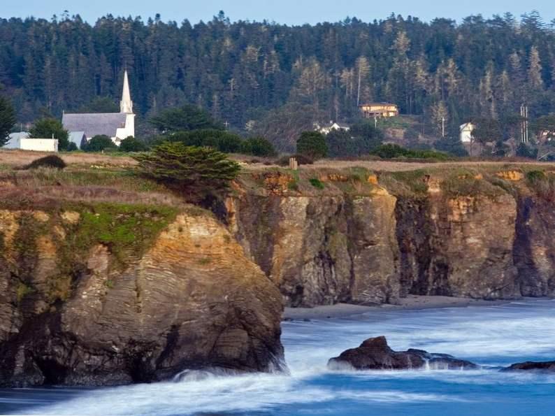 10 california coastal towns everyone should visit