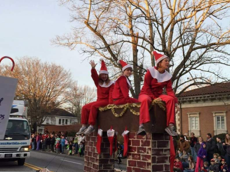 10 fun and festive christmas towns in georgia 6
