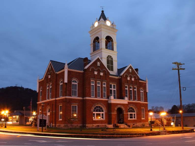 10 most beautiful towns in georgia 4