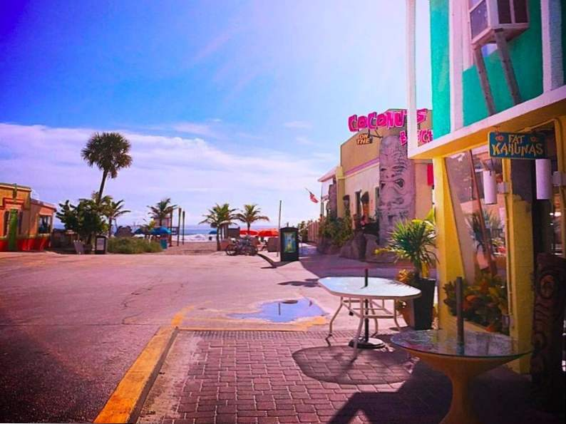 10 of the best beachfront restaurants in florida 10