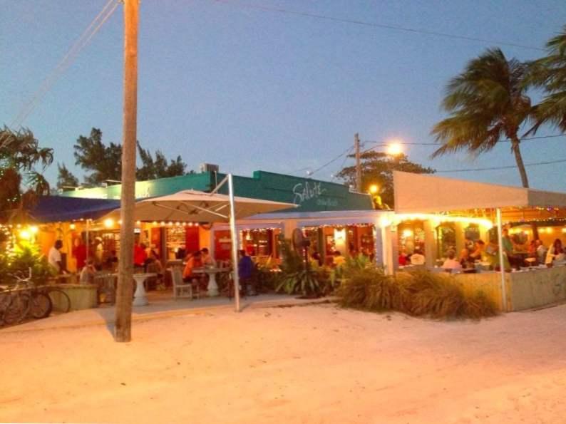10 of the best beachfront restaurants in florida 6