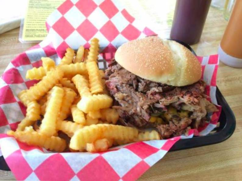 10 of the best hole in the wall restaurants in florida 4