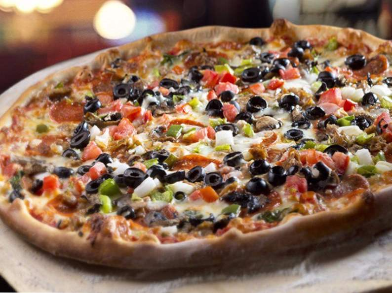 10 restaurants with some of the best pizza in florida 4