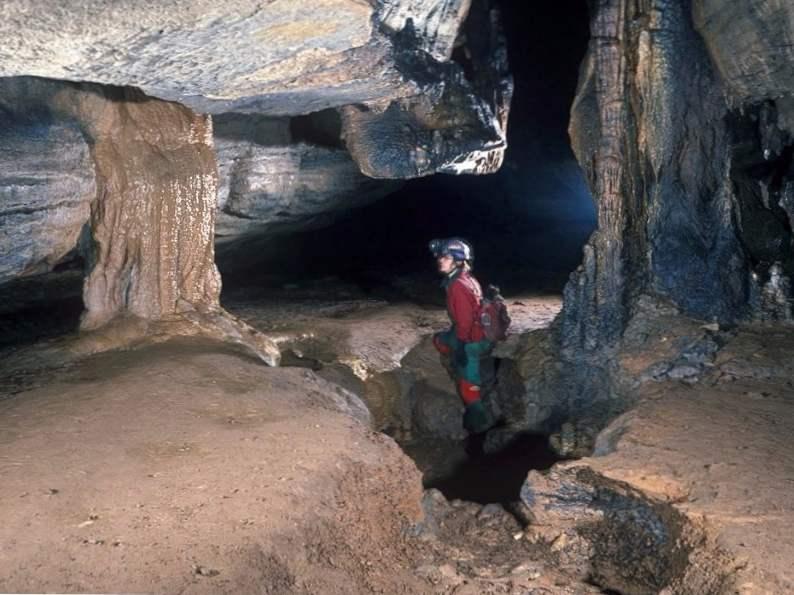 11 beautiful georgia caves caverns to visit 7